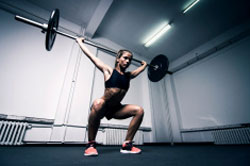 Achieving maximum power performance in women